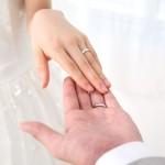 女性の指輪サイズの平均は9号?身長や体重から測る方法とは?